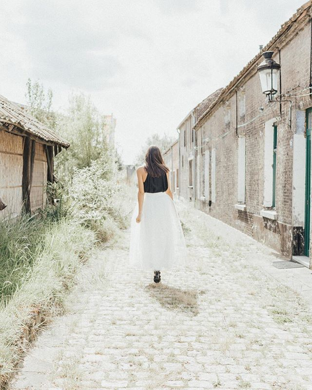 What is life but one grand adventure? Dreaming back to this beautiful bridal photo shoot in Belgium... @thewedboutique did such a stunning job pulling the vendors and details together into a lovely, stylized package. Have you been to Belgium? If not, is it on your bucketlist?