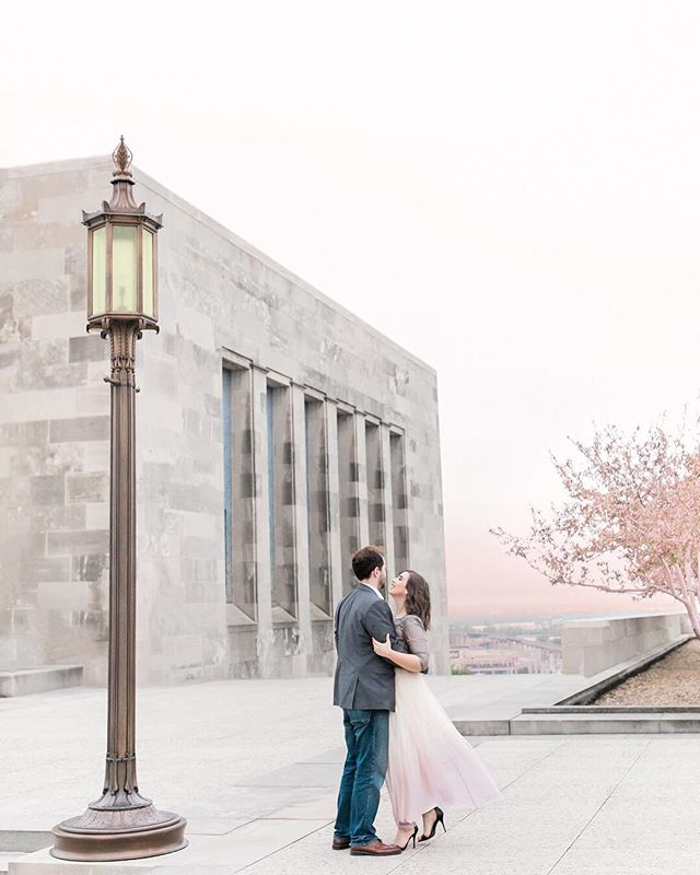 The hues of this pink city sky still amaze us... It was really showing off to match Annie's flowing, ombre skirt! 💕