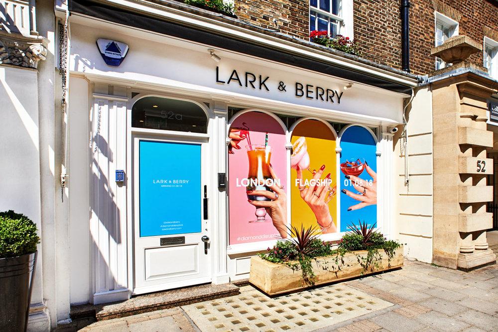 © Lark & Berry