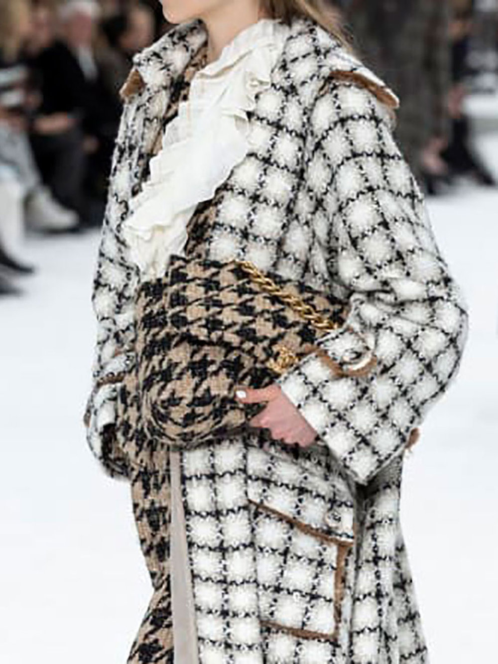 Tidlrs_Live_Luxury_CHANEL_Retrospective_4.2.jpg