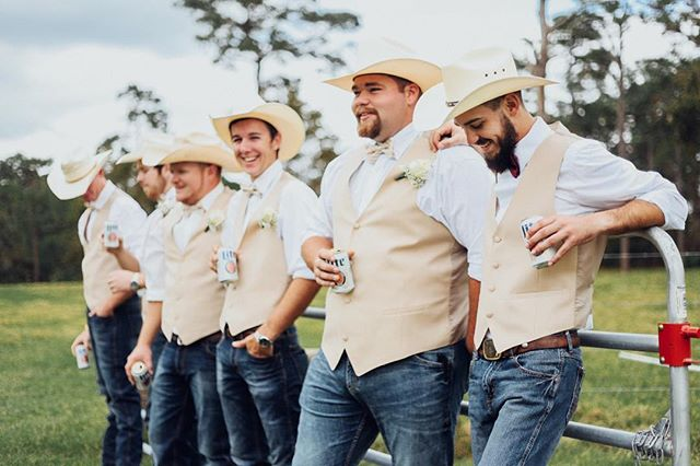 Send us all the cowboy hat n' bow tie weddings please & thank you. 🐴