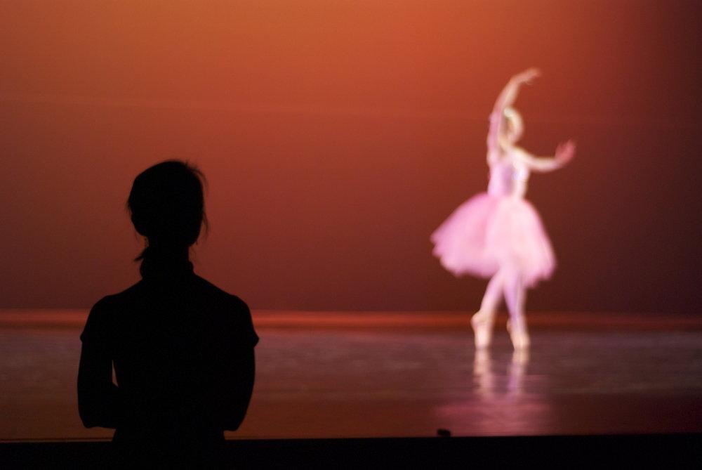 artistic-director-misako-watches-dancer-perform