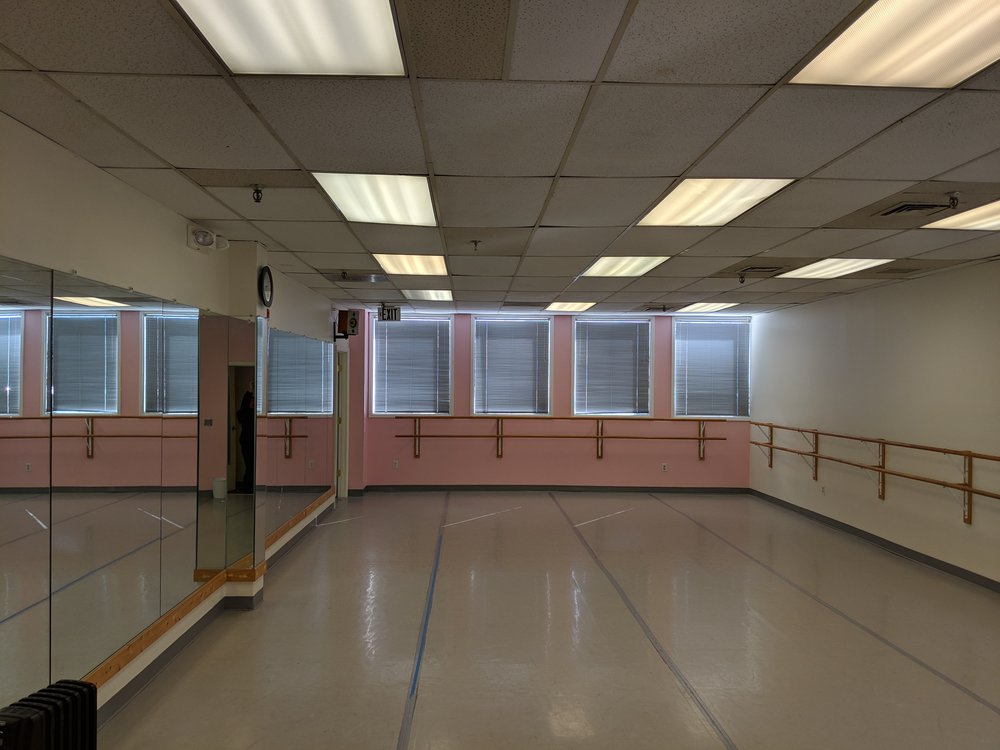 The Pink Studio - Dimensions: 40 ft x 20 ftHour Rate Starting at (1 hr min): $40