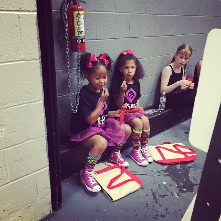 Misako Beats Hip Hop Students Backstage During Our Dance Performance