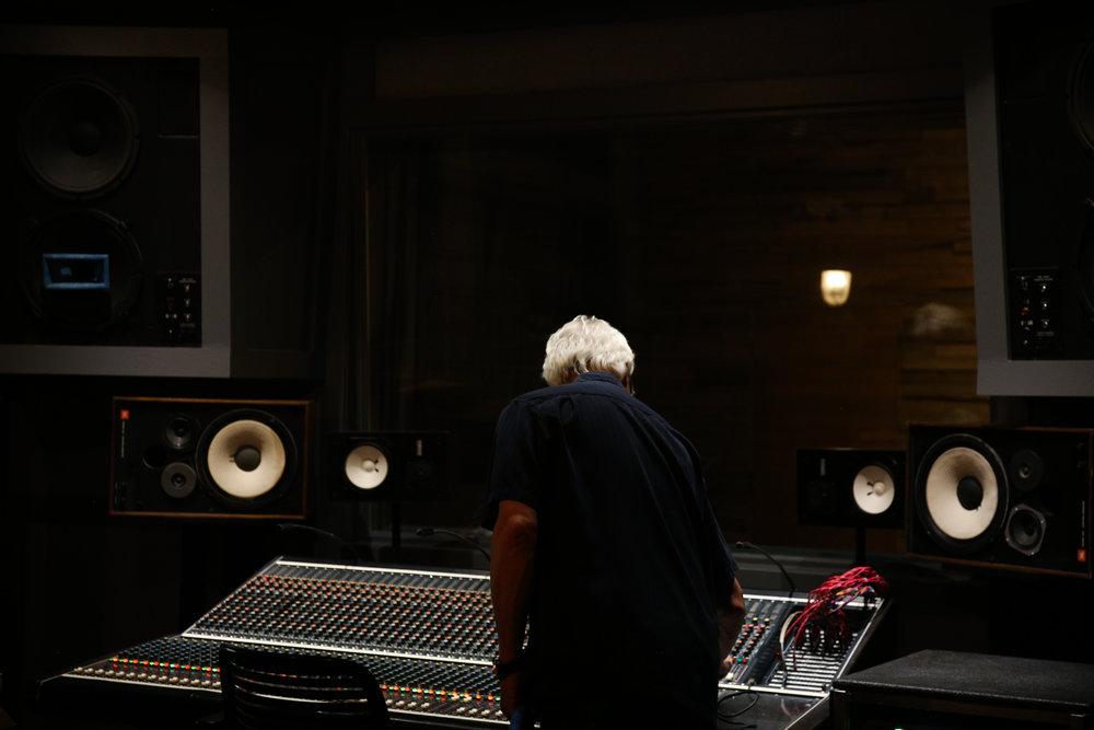 Studio-0509.jpg