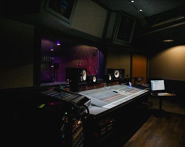 In all it's glory. Studio A has been seeing an incredible amount of talent lately, and our SSL has been the ultimate tool in perfecting the sound. See more photos or get in touch at thirdcoastrecording.com . . . . #recordingstudio #recording #studio #ssl #ssl4000 #gearporn #gear #music #musician #band #tracking #thirdcoastrecordingco #thirdcoast #michiganmusic #localmusic #newmusic #livemusic #producer #madeinmichigan #grmi #grandrapids #grandhaven #grandrapidsmusic #musicscene #creative #peoplescreatives #liveroom #musicgear #gearhead