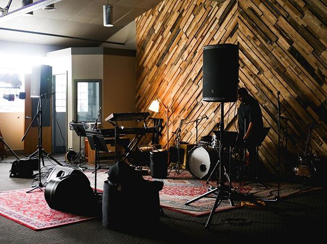 We're all ready! All you have to do is what you do best - make music. . . . . #thirdcoastrecording #thirdcoast #recordingstudio #recording #studio #michigan #grmi #grandrapids #grandhaven #localspins #localmusic #musician #band #music #producer #soundengineer #liveroom #tracking #beautifulplaces #peoplescreatives #passionpassport #makemusic #musiclovers #localmusician #musicproducer #musicstudio #gearheard #gearporn