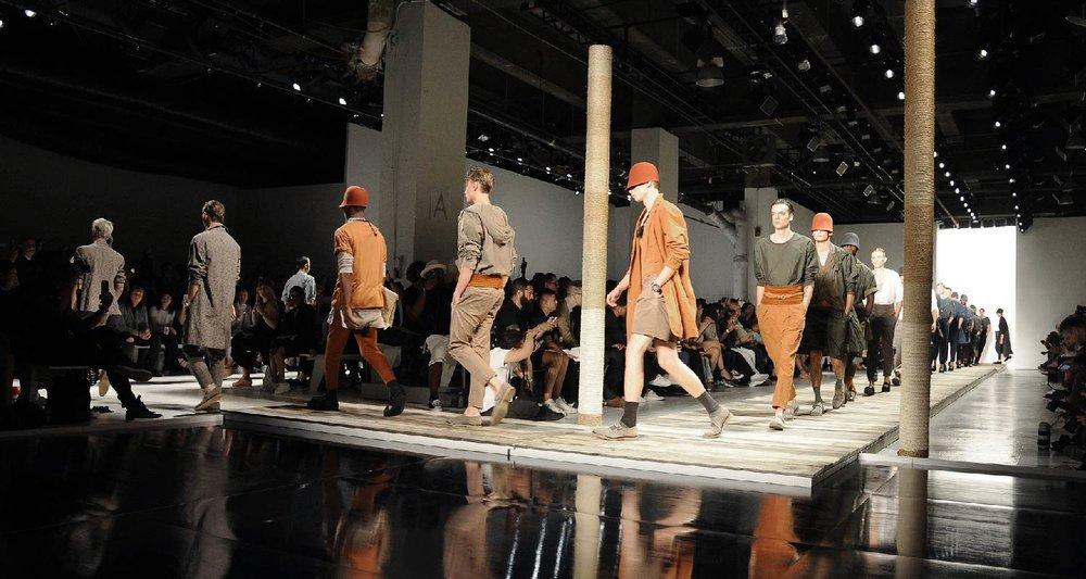 AmeriChina亲临纽约时装周2016SS Robert Geller秀场