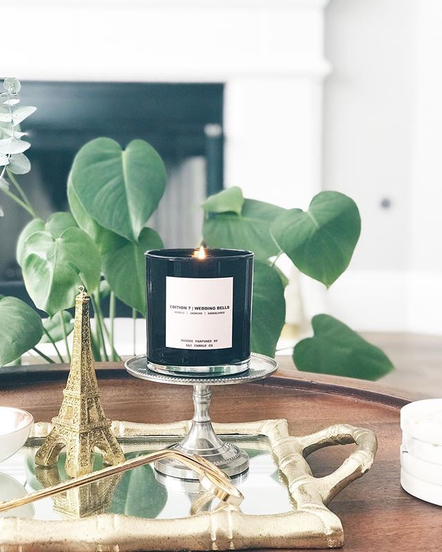 Wedding bells- with notes of neroli, jasmine and sandalwood its a perfect scent for valentines day🌸🌸 💞