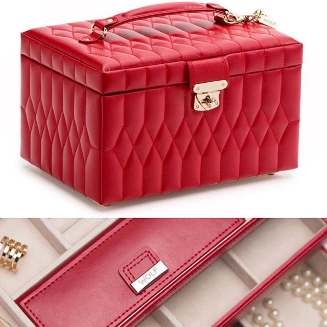Caroline Red! In stock now.  Beautiful leather jewelry box with lock.#MADS#wolf1834#christmasgifts#hannukahgiftsforgirls