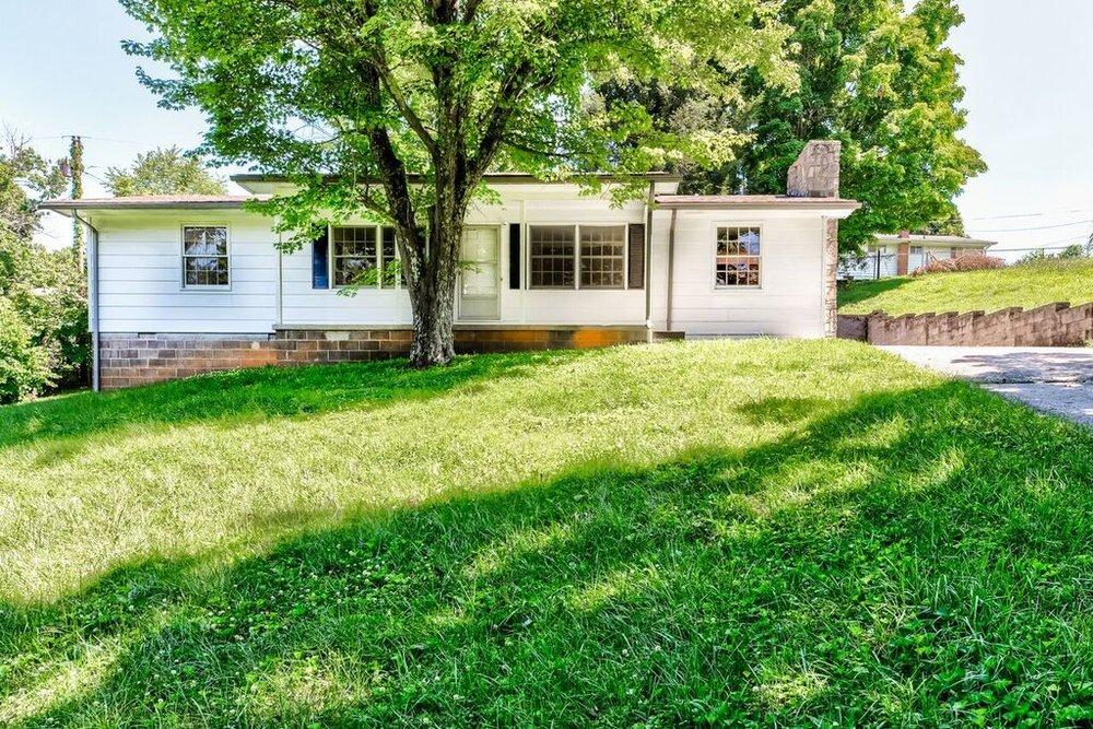 194 McKinney Rd. LaFollette, TN 37766