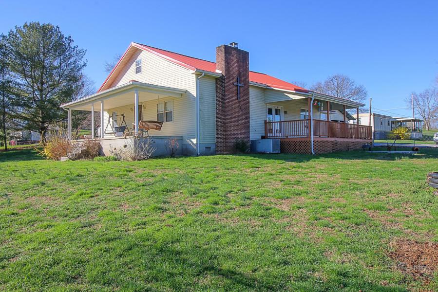 110 Davis Rd. Lafollette, TN 37766