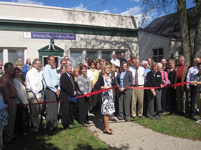 It's been a whole eight years since Love INC Livingston County celebrated their grand opening! We're so lucky to have this outstanding organization working in our community. #ThrowbackThursday . . . @livingstonloveinc #michigan #howellmi #howellmichigan #brightonmi #detroitmi #nonprofit #notforprofit #helpingothers #caringforothers #communityservice #communityproject #communityfirst #getinvolved #bethechange #bringinghope #changemakers #dogood #choosekind #giveback #speaklove #inspire #inspiration #behappy #happiness