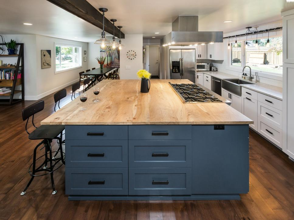 Wood Kitchen Counter Tops are making a come back.