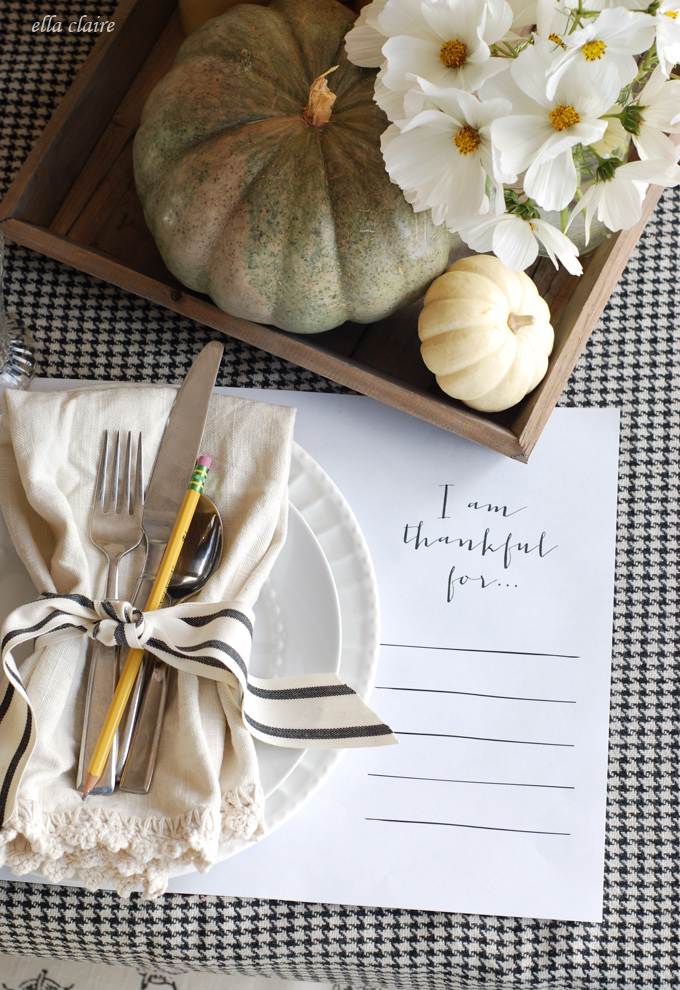 "Picture by EllaClaireInspired.com...Print out a Placemat that says ""I am thankful for..."""