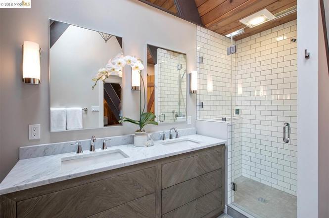 Modern Master Bathroom Design. E Design available at www.dinamariejoy.co