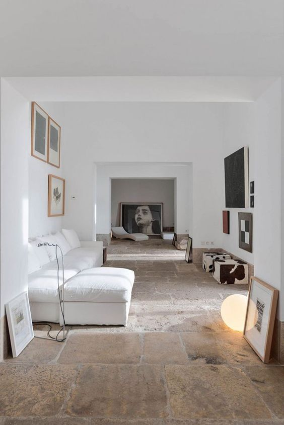 25 Ways to Decorate with White in Your Vacation Home. Interior Design by Dina Marie Joy at www.dinamariejoy.co