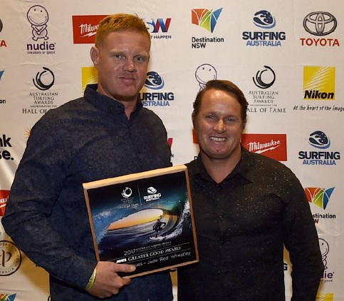 """Jade """"Red"""" Wheatley (left), with his ASB Greater Good Award. Photo: Surfing Australia"""