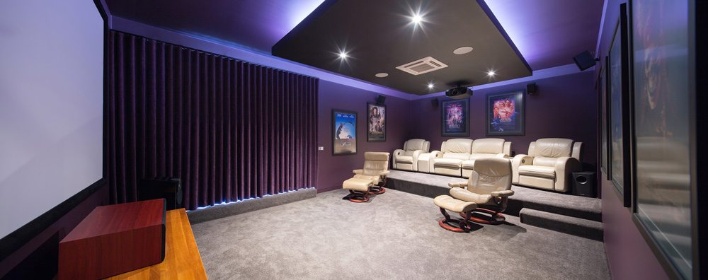 rural+retirement+house,+luxury+rural+holiday+home,+home+theatre+design.jpg