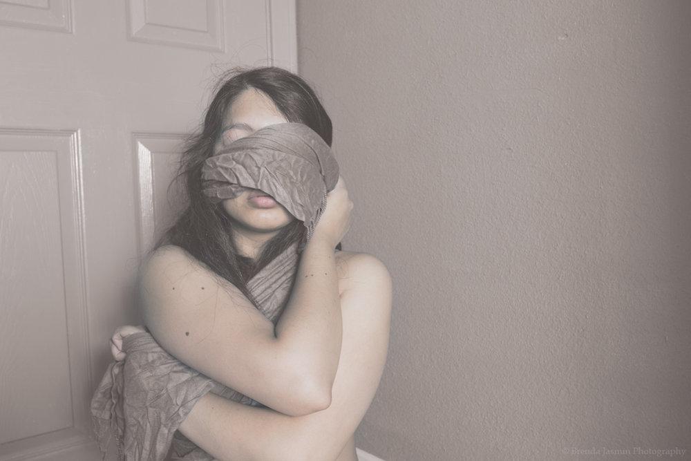 Blind-F.jpg