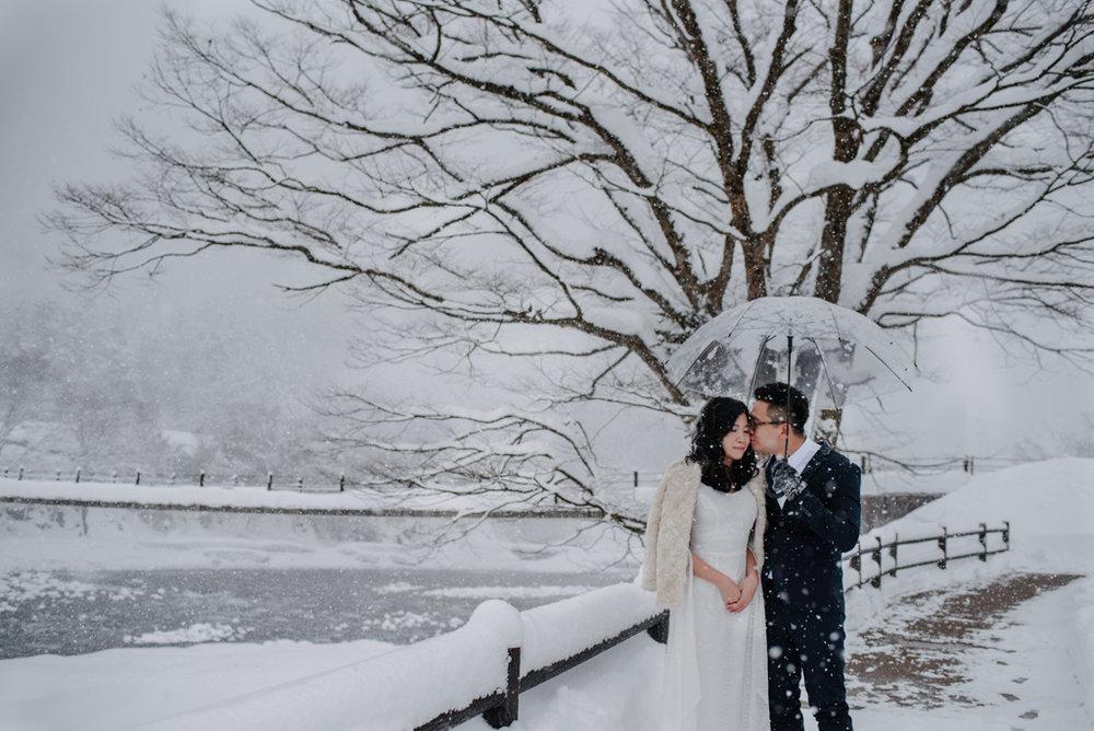 shirakawago_prewedding_japan-1.jpg