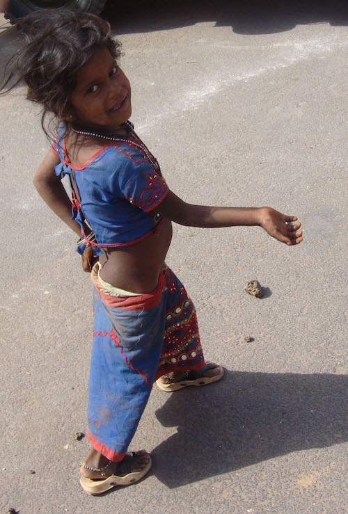 Heart-breaking and raw: Indian girl begging