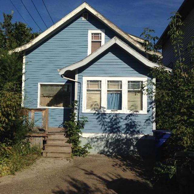 If any of you DIY'ers out there are looking for a good project in Buena Vista, here it is! Contact us for details.