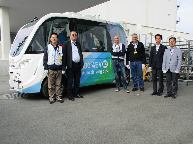 Autonomous electric buses
