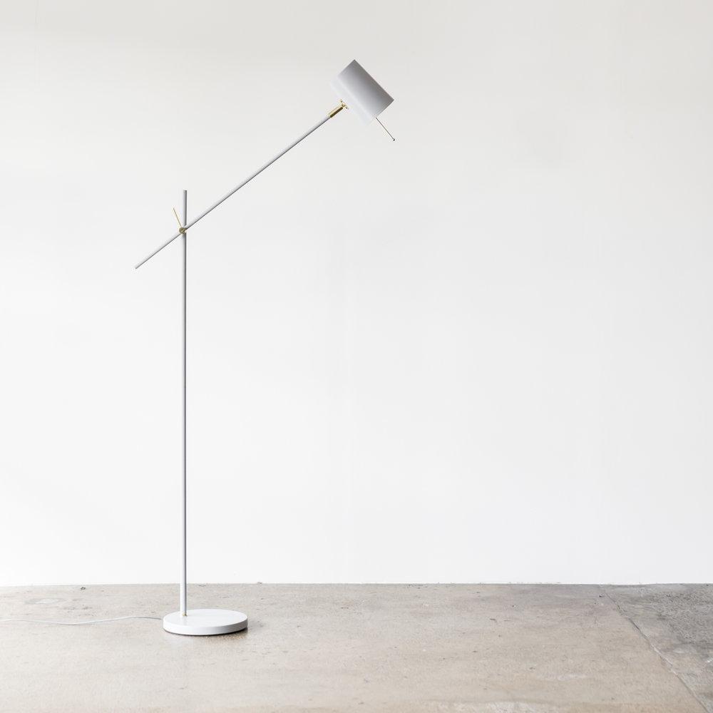 Austin_Floor_Lamp_Ice_Establishing_Project82.jpg