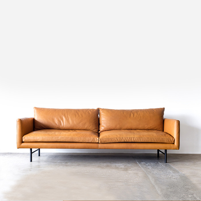 Louis_Sofa_Ranchero_Square_Staple&Co_Establishing_Shot_Web_Project82.jpg