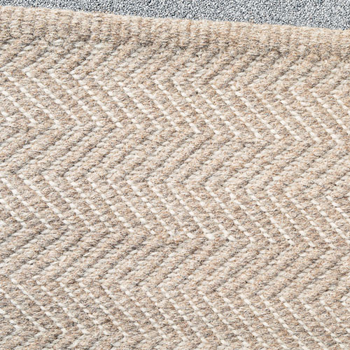 Herringbone_Rug_Granite+Ecru_Detail_Armadillo&Co_Project82.jpg