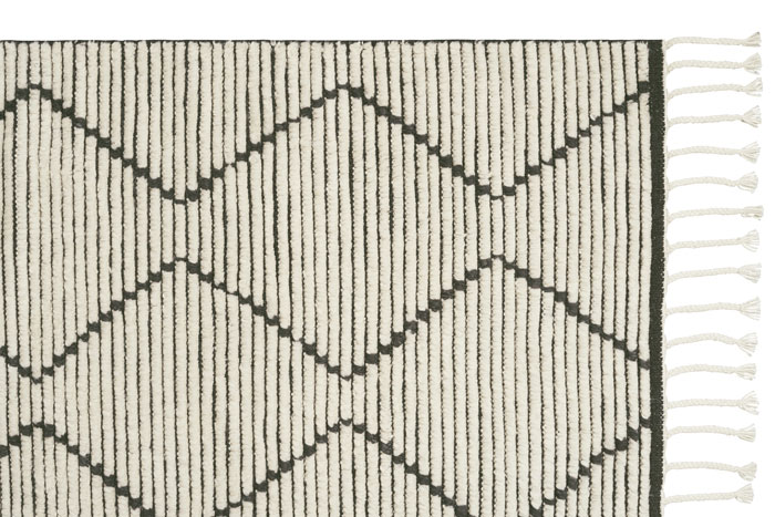 Armadillo_Rugs_LatitudeCollection_Nala_Natural_Slate_Web_Corner01.jpg