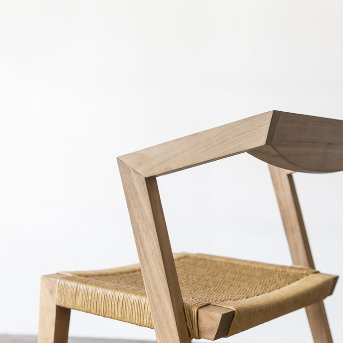 Urban_Loom_Chair_Feelgood_Designs_Square_Angled_Web_Project82.jpg