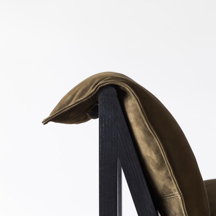 Cargo_Chair_Black_OutbackBillabong_CushionFlop_Project82.jpg