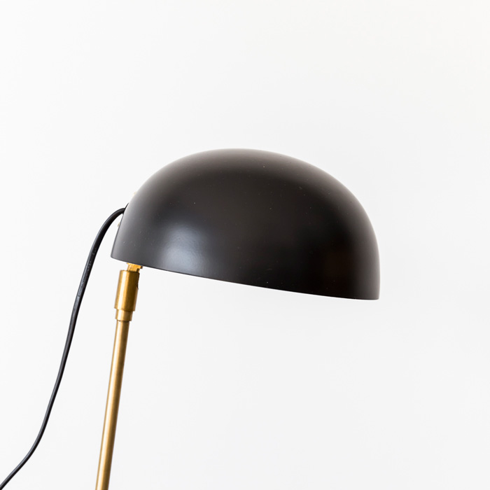 Zenith_Lamp_Black_Detail_Project82.jpg