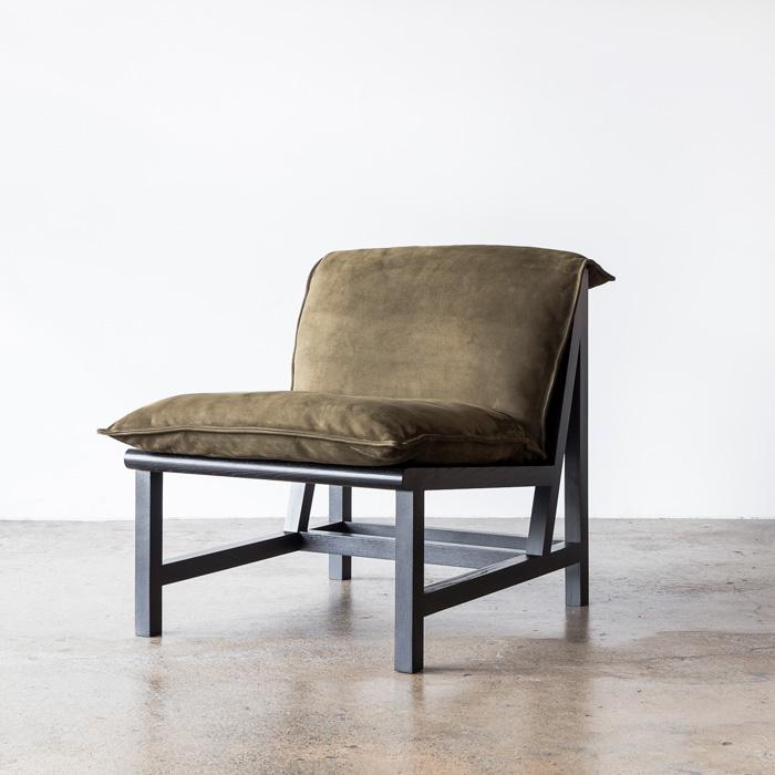 Cargo_Chair_Black_OutbackBillabong_Establishing_Project82.jpg