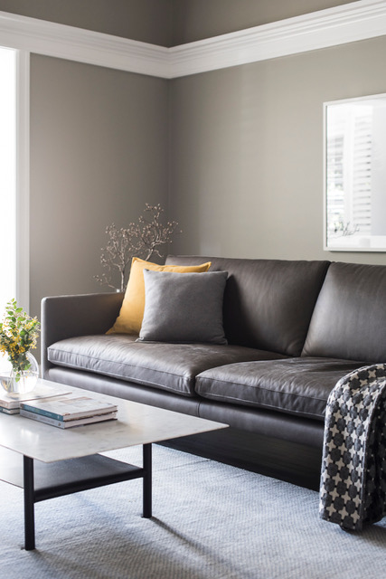 Louis_Sofa_Grey_Leather_AnnieBowen_6_Project82.jpeg