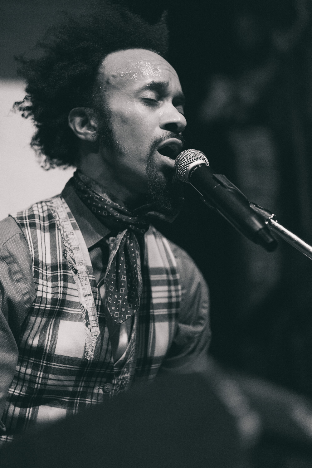fantasticnegrito (9 of 16).jpg