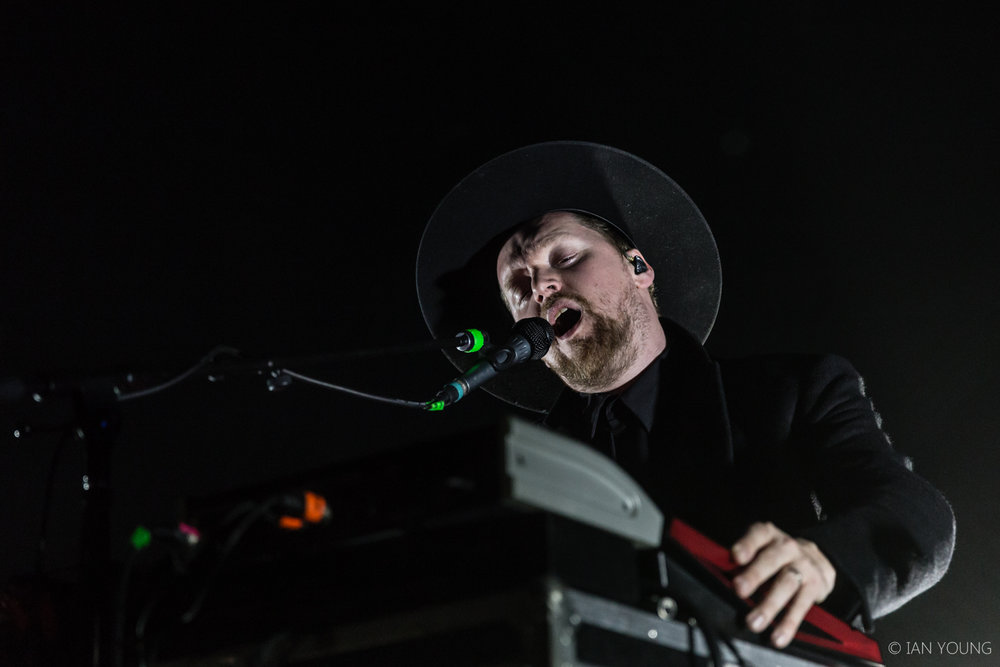 SOHN at The Regency Ballroom in San Francisco by Ian Young 05.jpg