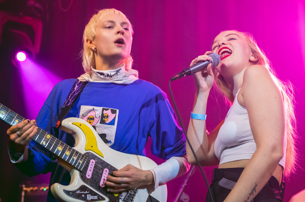 Dream Wife at Paradiso in Amsterdam 110418 by Ian Young 06.jpg