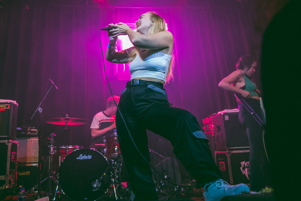 Dream Wife at Paradiso in Amsterdam 110418 by Ian Young 10.jpg