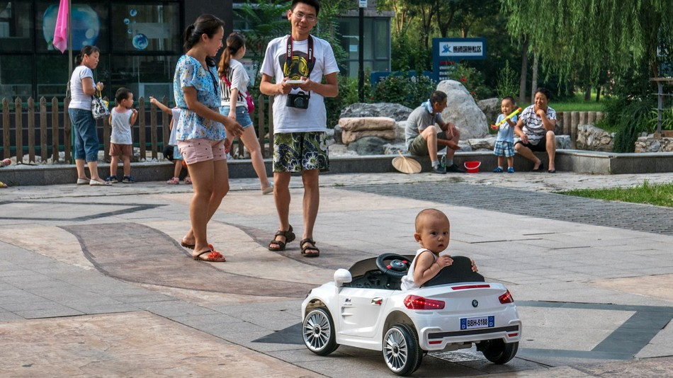 China Ending Its One-Child Policy Won't Change the Sad Reality for Parents