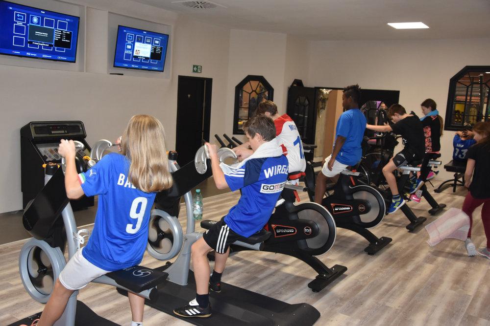 5b Fitnessstudio_013.JPG