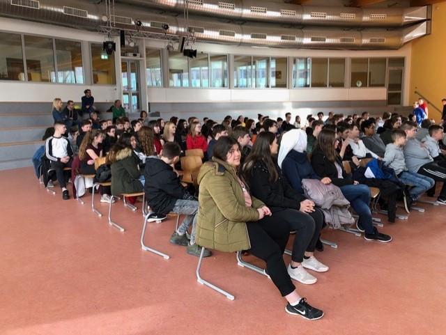 Theater 06.02.19_9.JPG