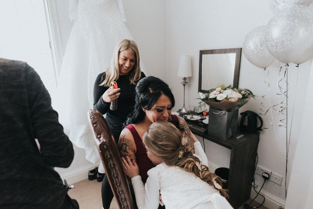 alternative-electic-wedding-photography-at-the-belle-epoque (6).jpg