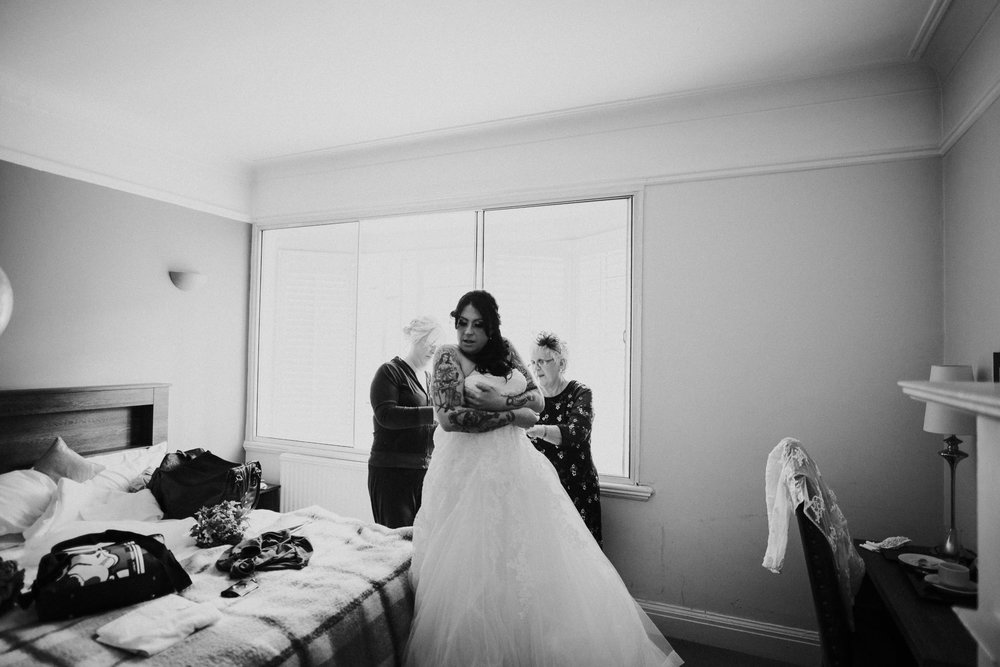 alternative-electic-wedding-photography-at-the-belle-epoque (12).jpg