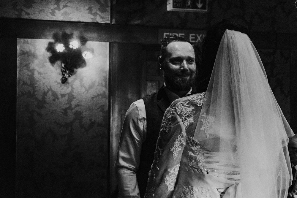 alternative-electic-wedding-photography-at-the-belle-epoque (28).jpg