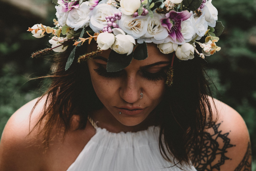boho-free-spirited-bride-woodland-and-alternative-wedding-photography (42).jpg