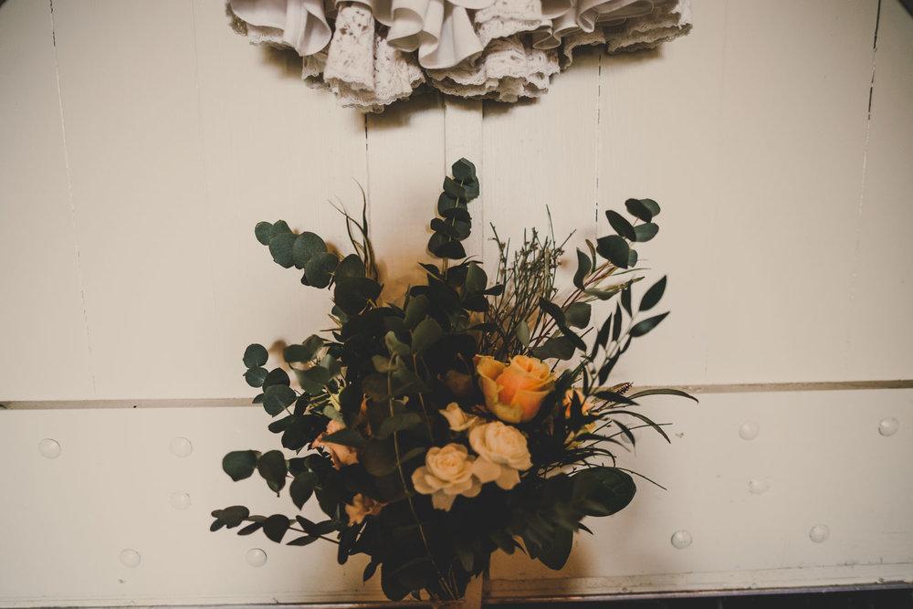 east-riddlesden-hall-wedding-jade-maguire-photography (8).jpg