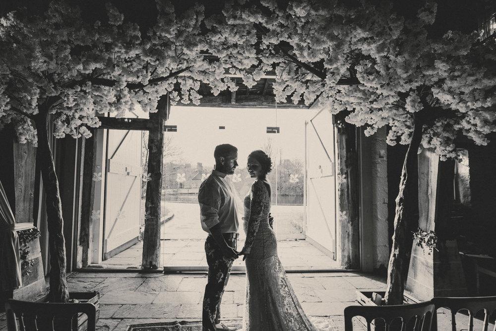 east-riddlesden-hall-wedding-jade-maguire-photography (19).jpg